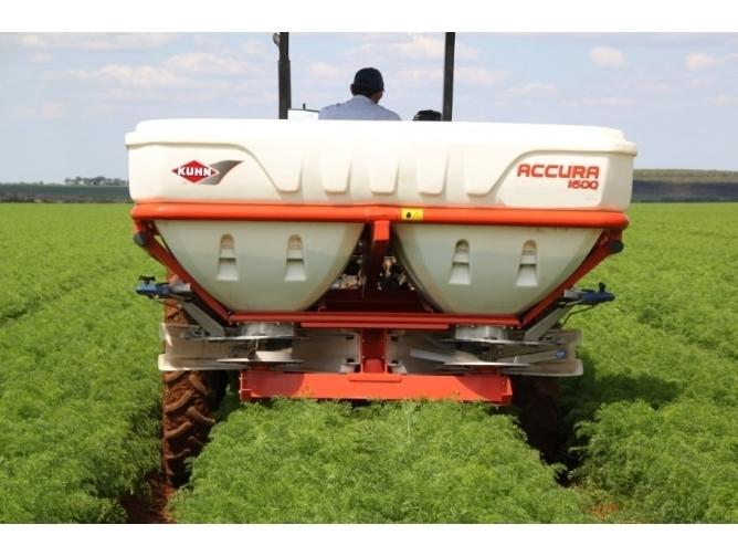 Fertilizadora Kuhn ACCURA 1600